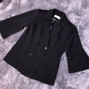 NWOT Calvin Klein black wide arm blazer 12 button